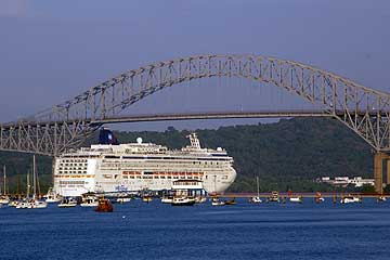 The Norwegian Jade - Bridge of Las Americas, Panama City