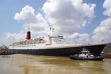 The RMS Queen Elizabeth 2 Cruise Ship